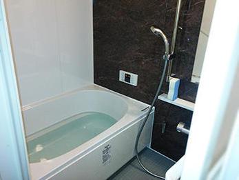 浴室全体が、広々とゆったりした印象になりました。ありがとうございました!